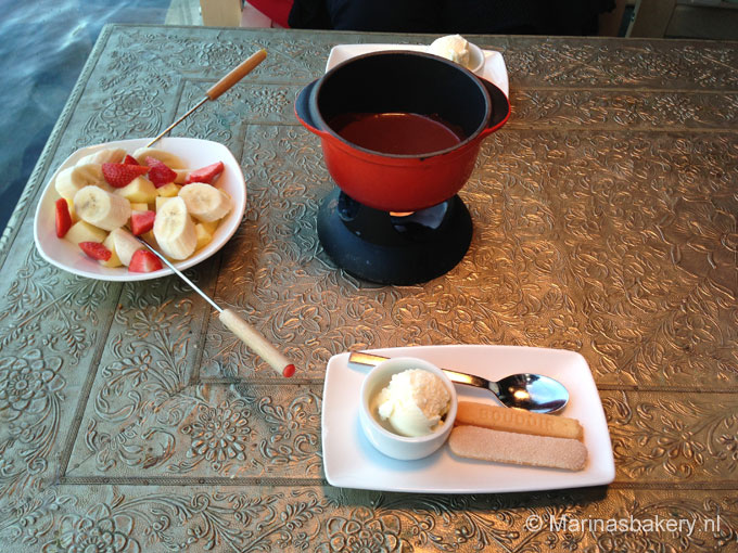 High tea & chocode fondue ChocOase Haarlem