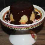 Kokoscakejes met chocoladeglazuur