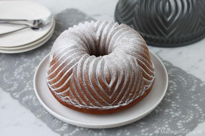 pompoen-bundt-cake-met-cream-cheese-frosting