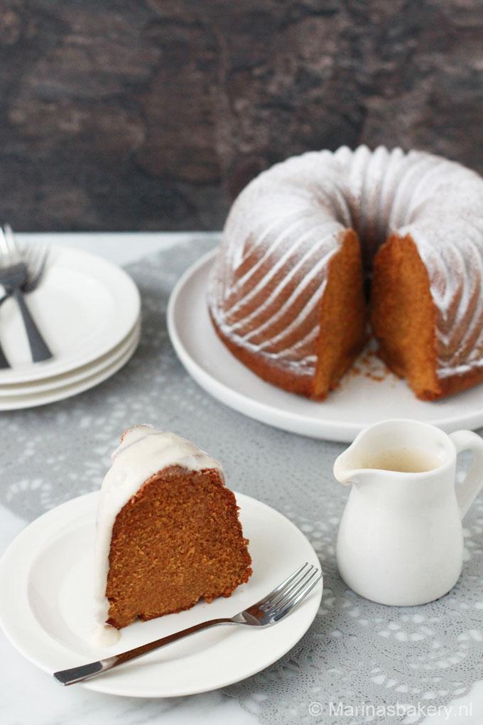 Pompoen-Bundt-Cake-met-cream-cheese-frosting-2