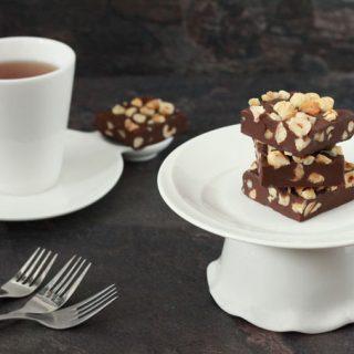 Chocolade fudge met hazelnoten