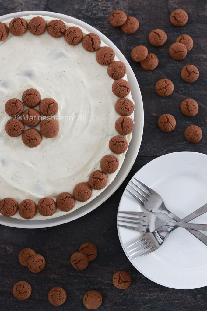 Witte Chocolade Cheesecake met Kruidnootjes