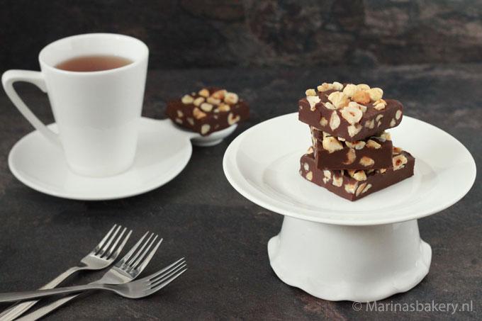 chocolade-fudge-met-hazelnoten
